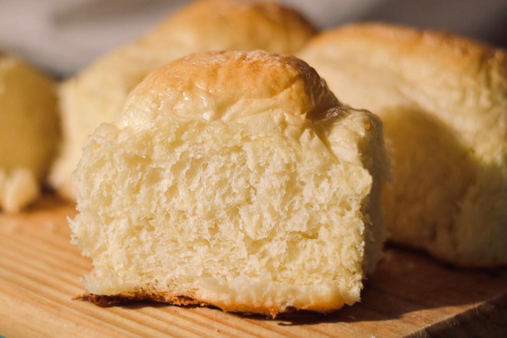 Pan de molde tipo pebete